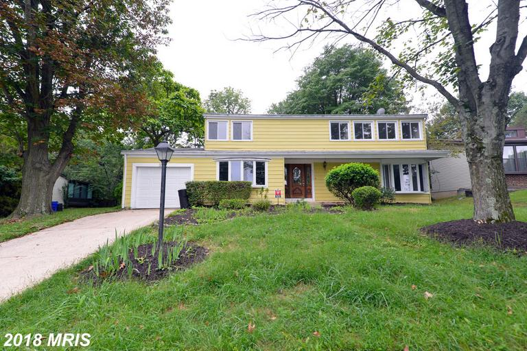 Beautiful fully renovated 4 BR 2 1/2 BA Colonial with Garage! New Customized Kitchen w/Granite Count