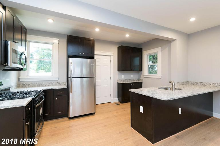 Beautifully remodeled detached home in Gardenville. This 3BDR/2.5BTH house will feel like HOME to an
