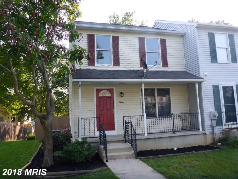 "Adorable 3 bedroom ""end unit"" townhome with numerous updates over the years. Finished lower level wi"