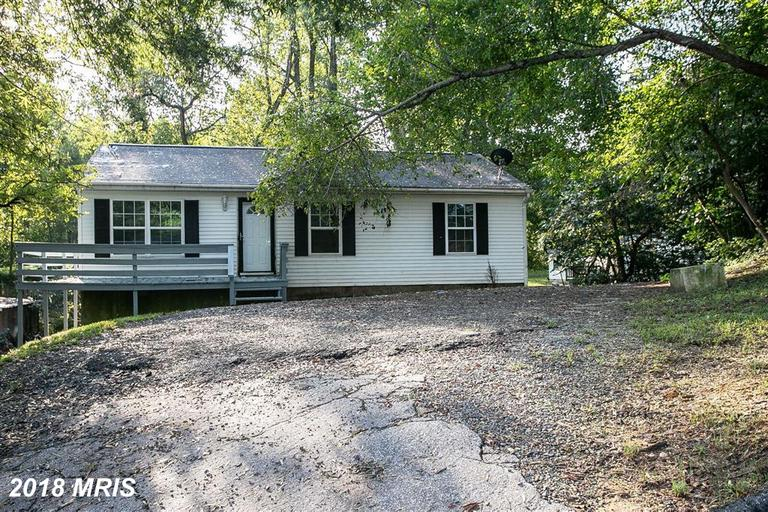 Not a Short Sale, not a bank owned property. Can close IMMEDIATELY!! Newly remodeled rambler on a 1/