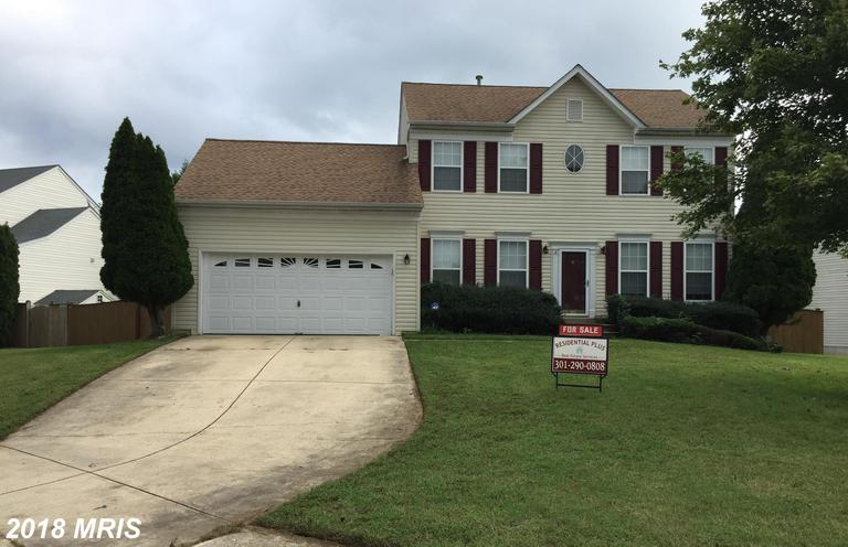 WONDERFULLY SUITABLE spacious home with a large deck and large fenced yard; has 3 BR, 3.5 baths (mas