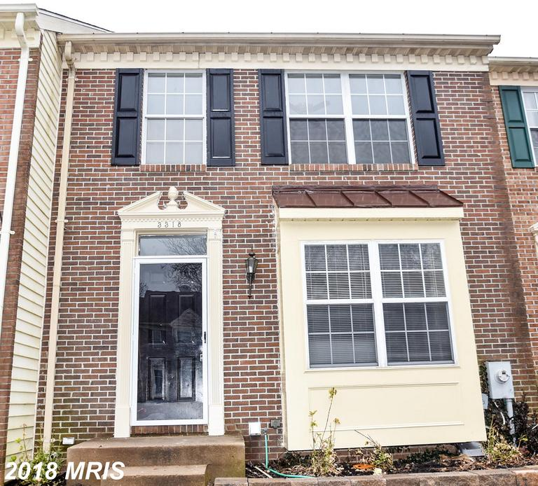 Like New!! Move in ready - nothing for you to do except to enjoy. Renovated townhouse - new kitchen