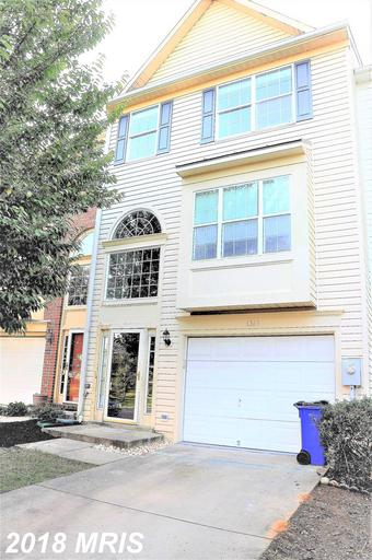 Stunning & immaculate TH. Elegantly appointed, convenience of a garage, walk-out LL, deck off the ki