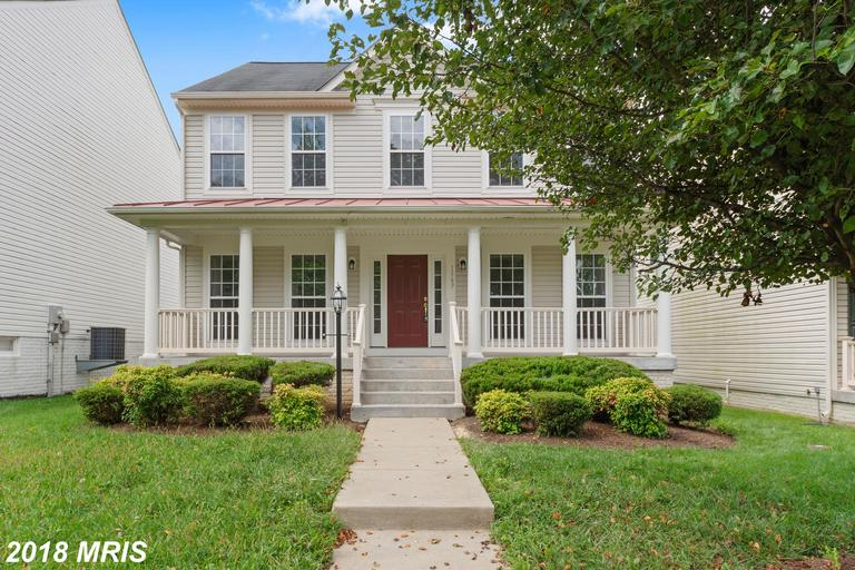 ***RENOVATED 4 BEDROOM COLONIAL IN STEPHENS LANDING***CONVENIENT LOCATION, NICE HARDWOODS, NEW SS AP