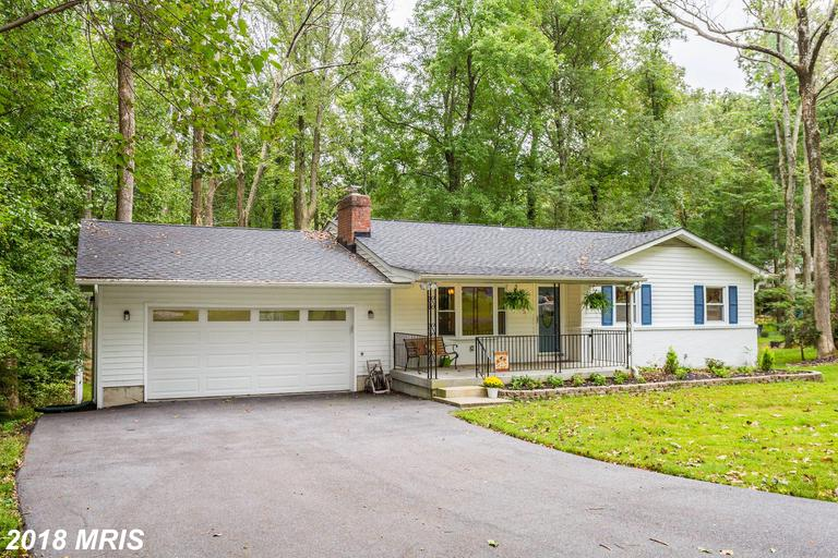STOP THE CAR! WONDERFUL, UPDATED 4BR, 2BA RANCHER IN A GLORIOUS SETTING, ON OVER 1/2 ACRE, CLOSE TO