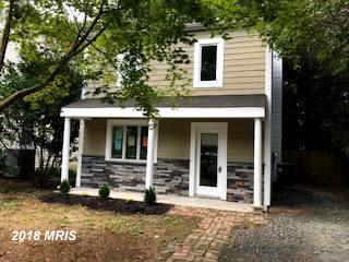 Great home in Eastport! Beautiful  3 bedrm Colonial owned & renovated home w/ wonderful features and
