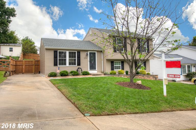 OPEN 9/29 12-3! Renovated stunner w/ detailed design touches thru-out. New kitchen w/ shaker cabinet