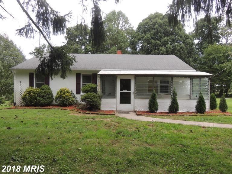 MOVE IN READY 3br  on almost a 1/2 near  Bel AIr. Conv to APG,HHC  Sought after school districts. Pr